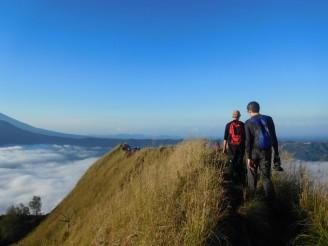 Rodeando el cráter de Gunung Batur