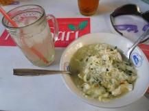 Desayuno a base de noodles de arroz