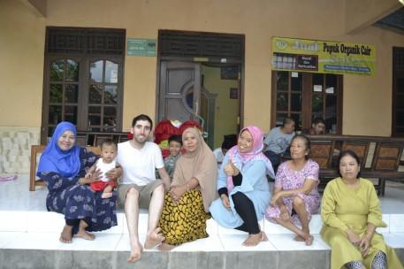 Familia de Rizki en Karangmojo