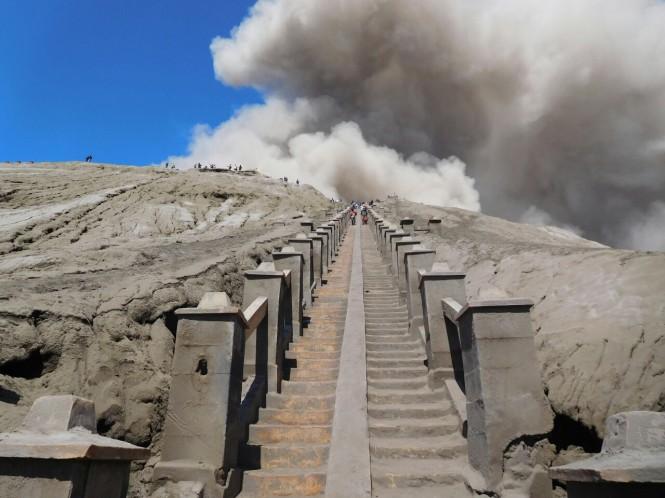 2016-07-subida-bromo-volcan-02