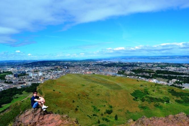 2014-07-Edinburgh-Arthur-Seat-03.JPG