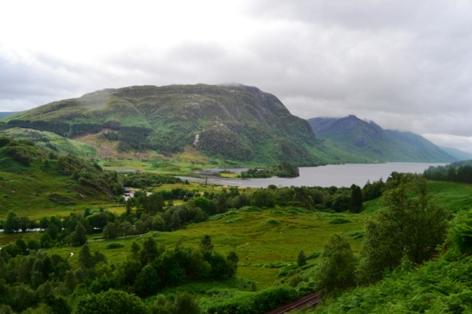 2014-07-Fort-William-Glenfinnan-Viaduct-04.JPG
