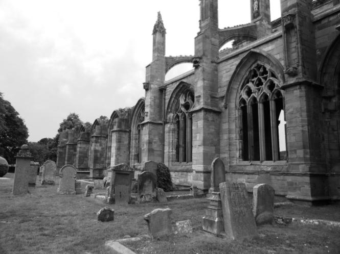 2014-07-Sur-Escocia-Melrose-Abbey-02.JPG