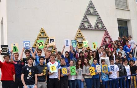 Triángulo de Sierpinski - Curso 2012-2013 - IES Navarro Villoslada