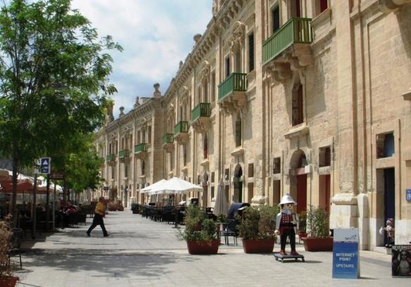 2008-08-Malta-Valletta-Floriana-Waterfront.JPG