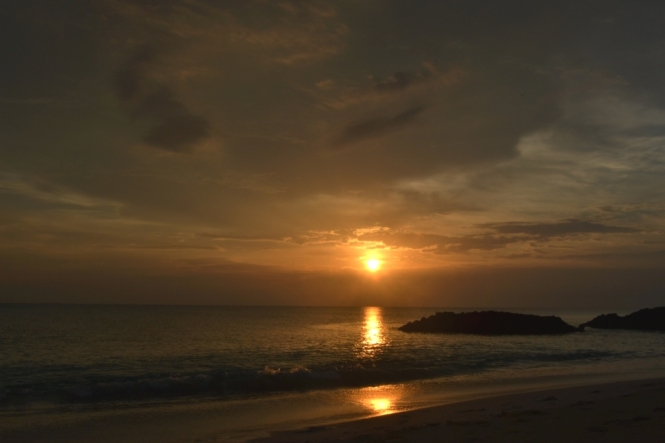 2012-04-bahamas-great-exuma-tropic-of-cancer-beach-1.JPG