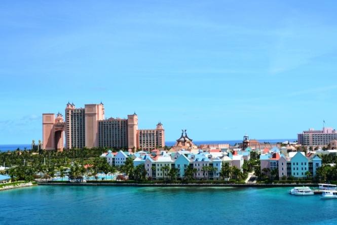 2012-04-bahamas-paradise-island-atlantis-y-pueblo.JPG