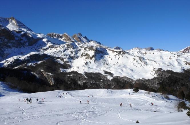 2017-01-esqui-de-fondo-le-somport-esquiadores.JPG