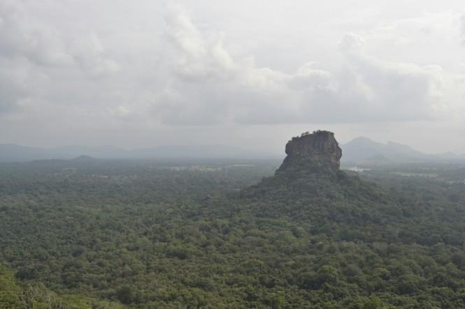 2017-02-sri-lanka-pidurangala-rock-2-vistas.JPG