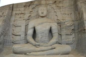 Polonnaruwa - Gal Vihara - Buda Meditando