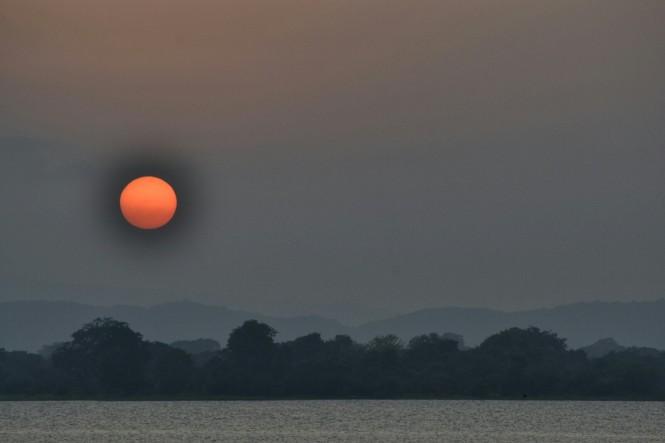 2017-02-sri-lanka-polonnaruwa-topa-wewa-2-puesta-sol.jpeg