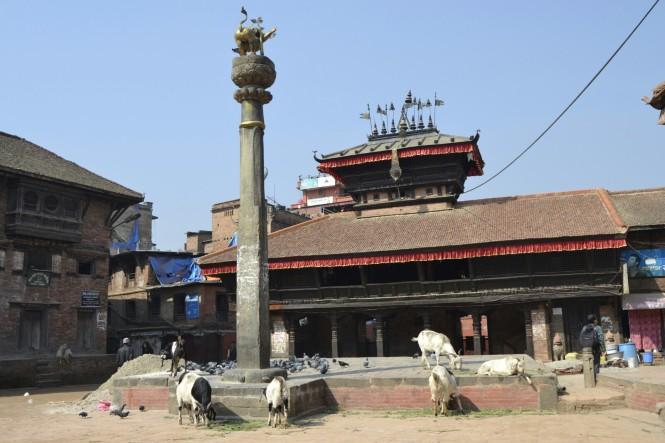 2017-03-nepal-Bhaktapur-Tachupal-Tole-templo-bhimsen