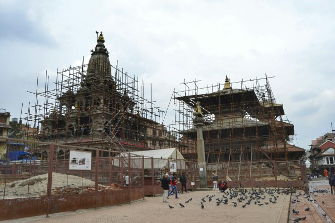 2017-03-nepal-patan-plaza-durbar-obras-Templos-Krishna-Mandir-Vishwanath.jpeg