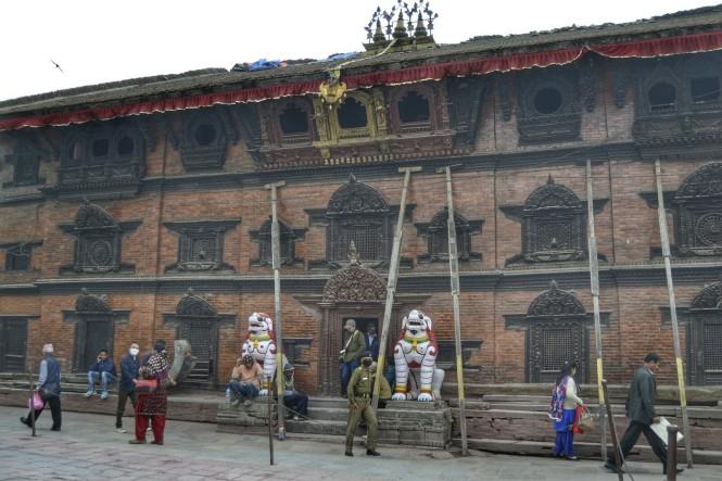 2017-03-nepal-Kathmandu-Plaza-Durbar-kumari-ghar-1