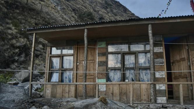 2017-03-nepal-Trekking-LGH-Dia-1-9-bamboo.jpeg