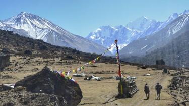 Trekking Langtang-Gosaikunda-Helambu - Vistas Tsergo Ri y Ganchenpo