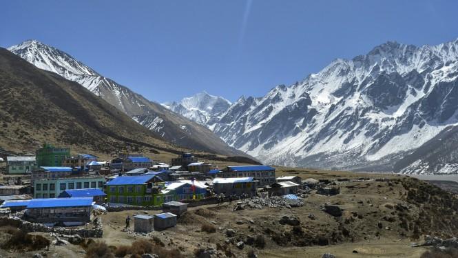 2017-03-nepal-Trekking-LGH-Dia-3-11-Kyanjin-Gumba-Tsergo-Ri-Ganchenpo-Pangen-Dopku.jpeg