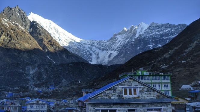 2017-03-nepal-Trekking-LGH-Dia-4-kyanjin-gumba-amanecer