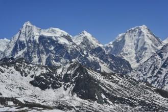 Trekking Langtang-Gosaikunda-Helambu - Tsergo Ri - Vistas Langshisha