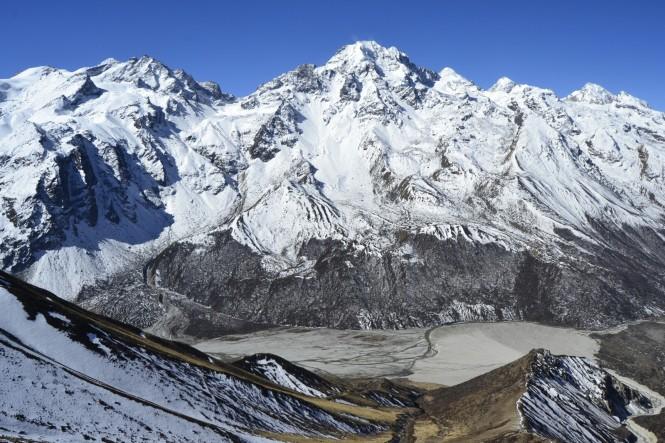 2017-03-nepal-Trekking-LGH-Dia-4-Tsergo-Ri-Subida-Vistas-Urking-Kanggari-Valle-Kyanjin