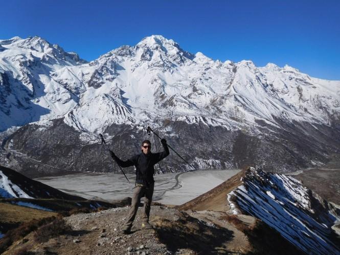 2017-03-nepal-Trekking-LGH-Dia-4-Tsergo-Ri-subida-vistas-urking-kanggari.jpeg