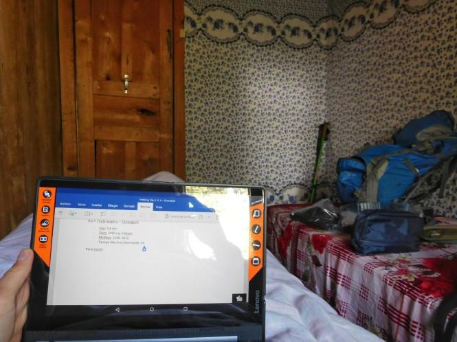 2017-03-nepal-Trekking-LGH-Dia-7-Cholangpati-relax.jpeg
