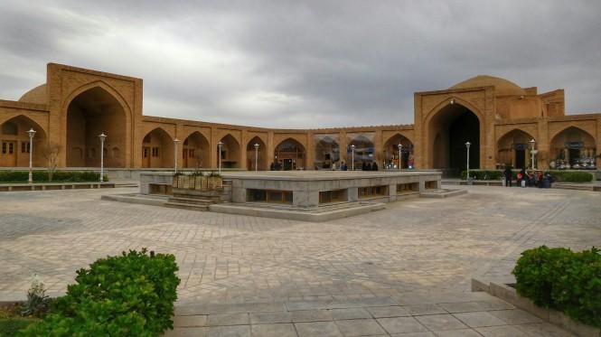 2017-04-iran-caravanserai-isfahan