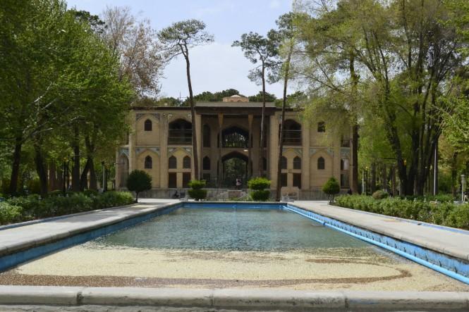 2017-04-iran-Isfahan-Kakh-e-Hasht-Behesht