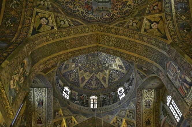 2017-04-iran-Isfahan-Kelisa-ye-Vank-1