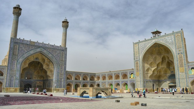 2017-04-iran-Isfahan-Masjed-e-Jameh-1
