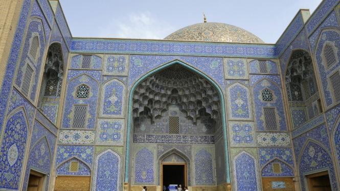 2017-04-iran-Isfahan-Masjed-e-Sheikh-Loftollah-7