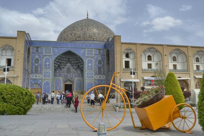 2017-04-iran-Isfahan-Masjed-e-Sheikh-Loftollah-8.jpeg