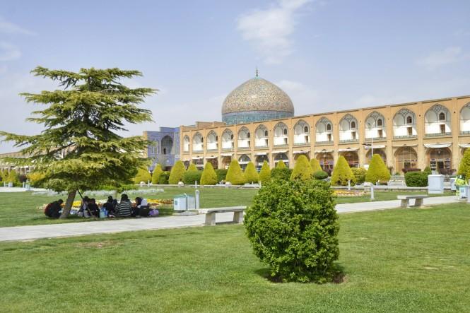 2017-04-iran-Isfahan-naqsh-e-jahan-4