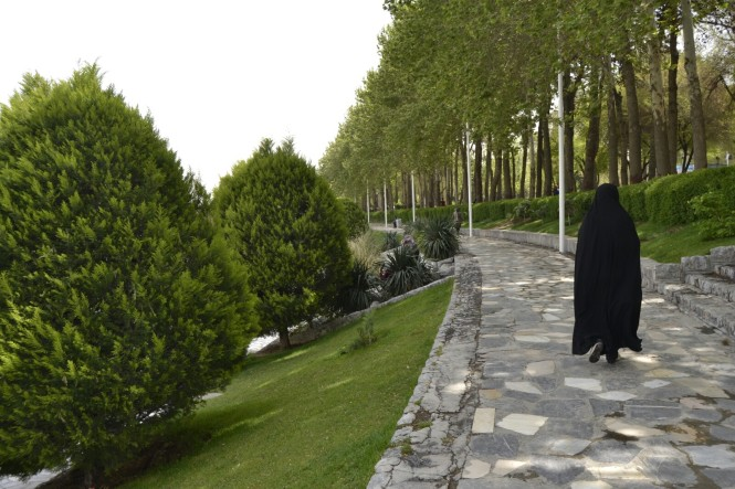 2017-04-iran-Isfahan-Parque-Rio-Zayande-2