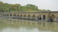 Isfahan - Pol-e Chubi