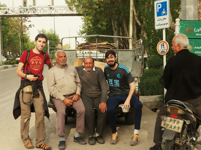 2017-04-iran-isfahan-vida-local