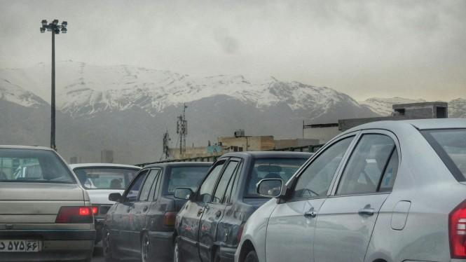2017-04-iran-tehran-trafico-contaminacion-alborz.jpeg