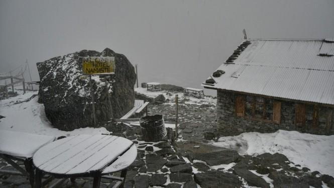 2017-04-nepal-Trekking-LGH-Dia-8-22-tormenta-de-nieve