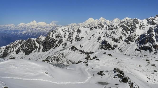 2017-04-nepal-trekking-LGH-dia-9-08-gosaikunda