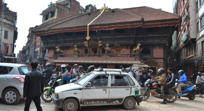 2017-03-nepal-kathmandu-trafico-infernal.JPG