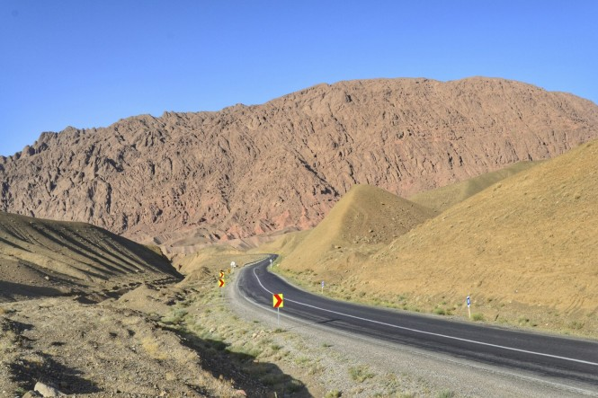 2017-04-iran-kaluts-carretera-2
