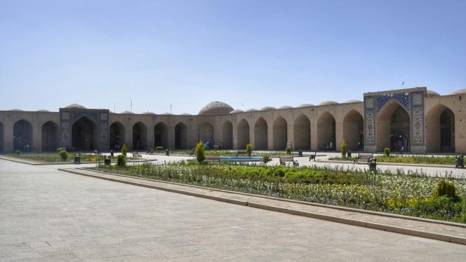 2017-04-iran-kerman-bazar-1.jpeg