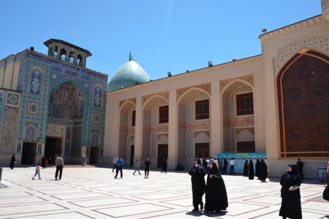 2017-04-iran-Shiraz-Aramgah-e-Shah-e-Cheragh-1.JPG