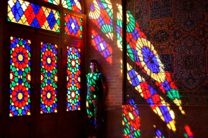 2017-04-iran-Shiraz-Masjed-e-Nasir-al-Molk-5.JPG