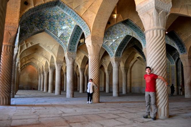 2017-04-iran-Shiraz-Masjed-e-vakil-5.JPG