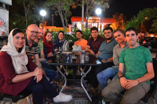 2017-04-iran-Shiraz-momentos-reunion-grupo.JPG