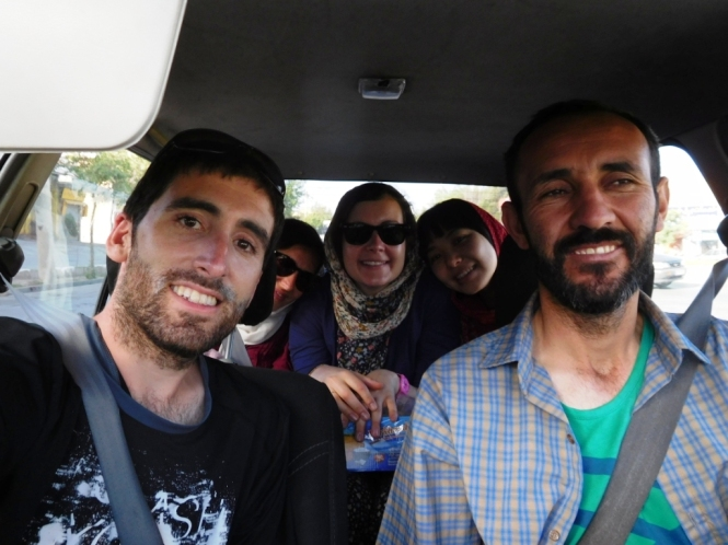 2017-04-iran-Shiraz-Momentos-taxi