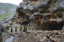 Cañón en el Valle de Alamut