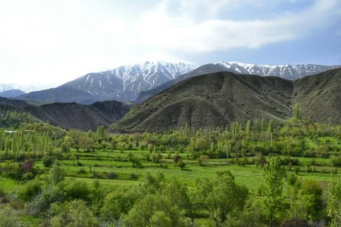 2017-04-iran-valle-alamut-carretera-4