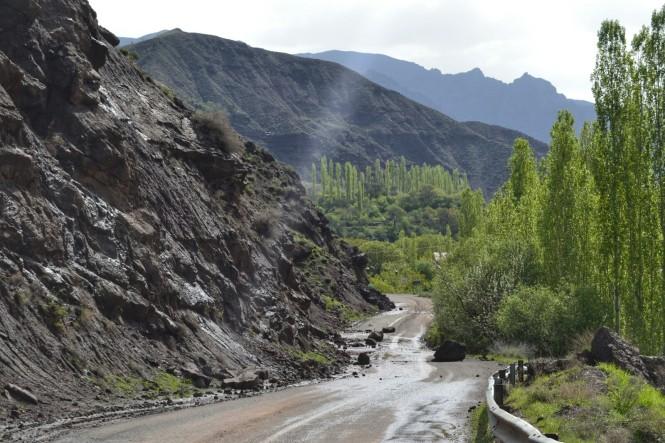 2017-04-iran-valle-alamut-carretera-7.jpeg
